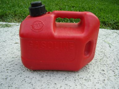 800px-GasolineContainer